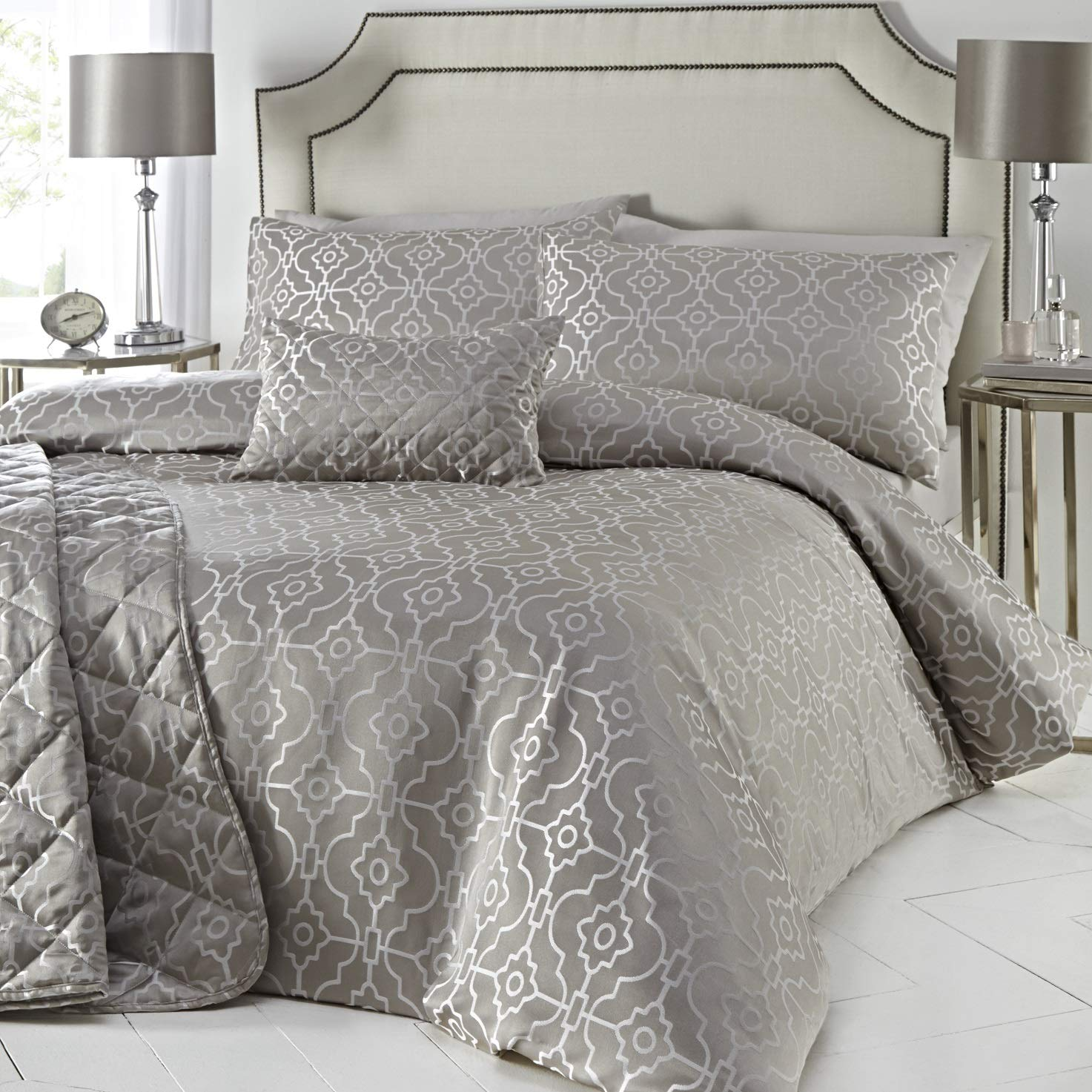 FITTED SHEET SILVER SATIN SINGLE DUVET COVER 2 x PILLOWCASES SET NEW